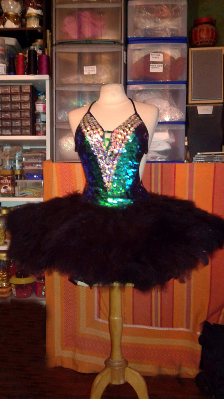 paris bell costume cabaret