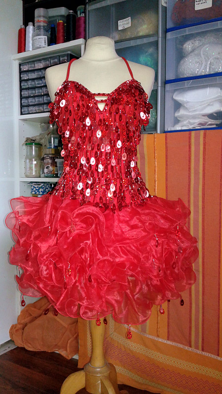 robe a paillettes paris