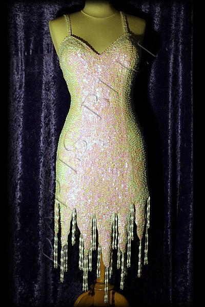 Robe de soiree strass et paillettes